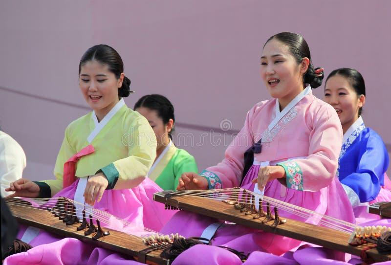 Koreanische Julsori Chorleistung stockfotos