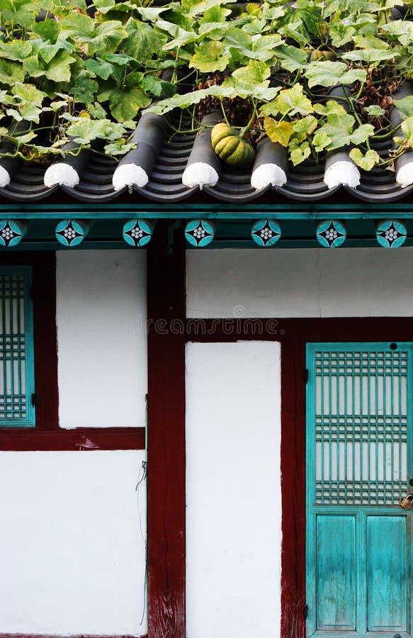 Koreanisches Gebäude. stockfotos