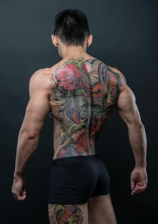 Koreansk modell med tatueringen royaltyfria foton
