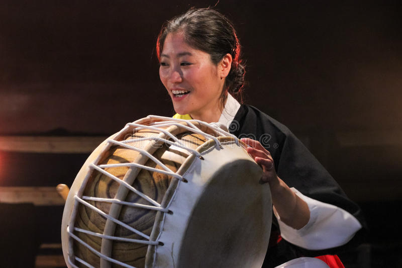 Koreansk musiker bukspelare arkivfoto
