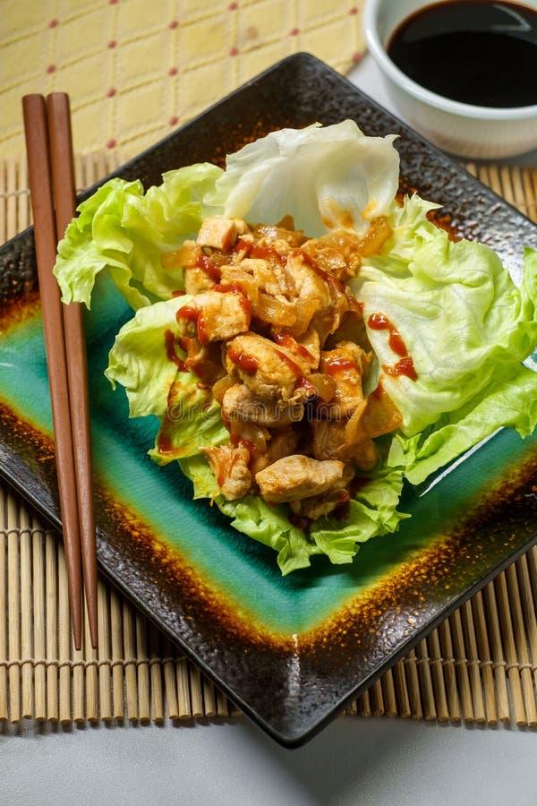 Koreansk smörgåsgrönsallatsjal arkivfoto