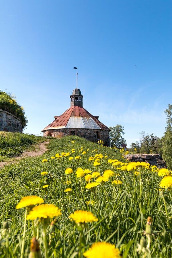 Korela石堡垒在普里奥焦尔斯克镇,在武克希河的海岛上,列宁格勒地区,俄罗斯 免版税库存照片