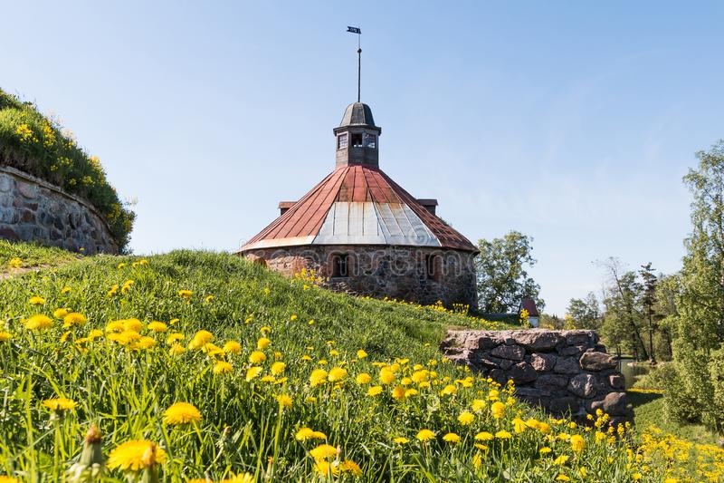 Korela石堡垒在普里奥焦尔斯克镇,在武克希河的海岛上,列宁格勒地区,俄罗斯 库存图片
