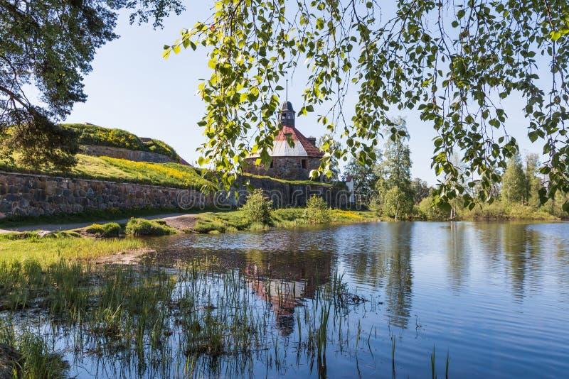 Korela石堡垒在普里奥焦尔斯克镇,在武克希河的海岛上,列宁格勒地区,俄罗斯 库存照片