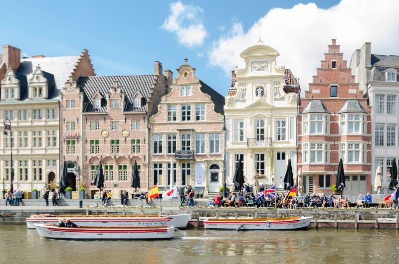 Korenlei набережная и одно самых живописных мест в Генте стоковое изображение