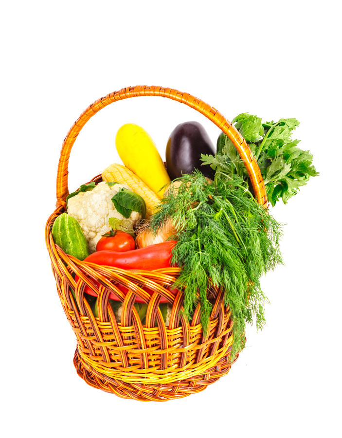 Korg med grönsaker arkivfoto