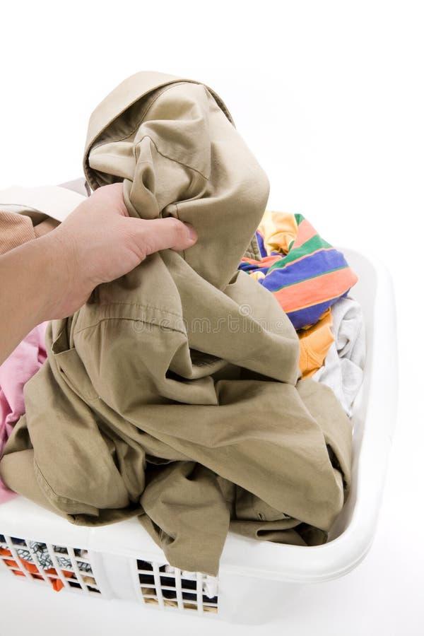 korg som clothing det smutsiga tvätterit arkivfoton