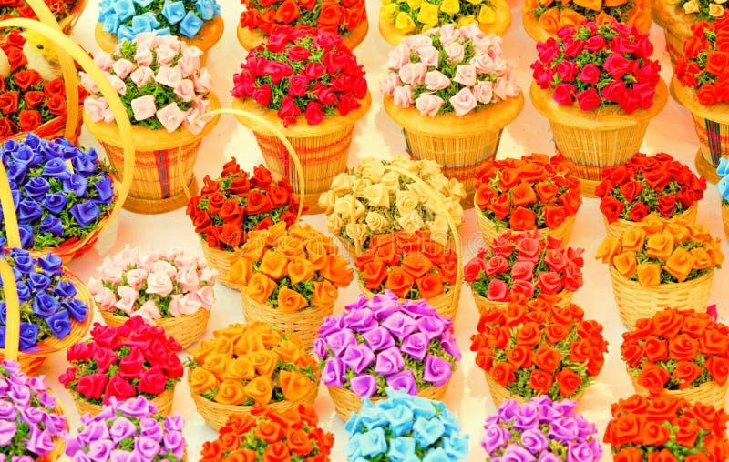 Korgar av blommor royaltyfria foton