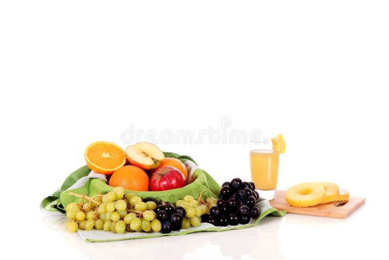 korgfruktfruktsaft arkivfoton