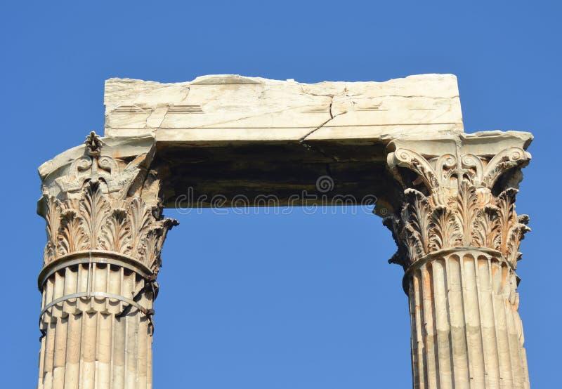 Korinthische Säulen stockbilder