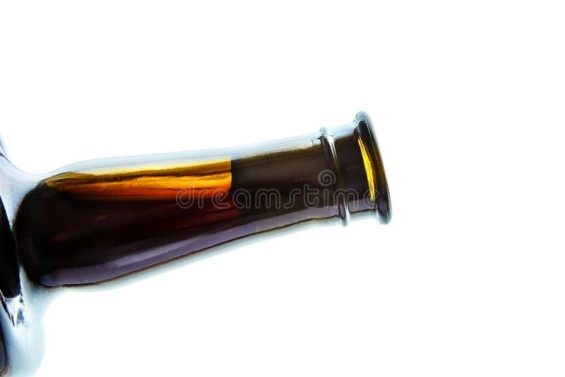 Korkad glasflaska av rött vin arkivbilder