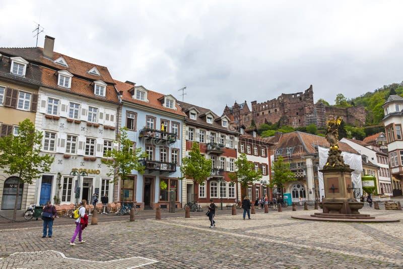 Kornmarktvierkant in de oude stad van Heidelberg, Duitsland royalty-vrije stock afbeeldingen