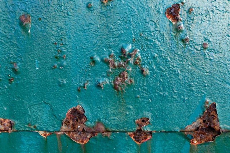 Korodowanie zdarza się na metalu drzwi zdjęcia stock