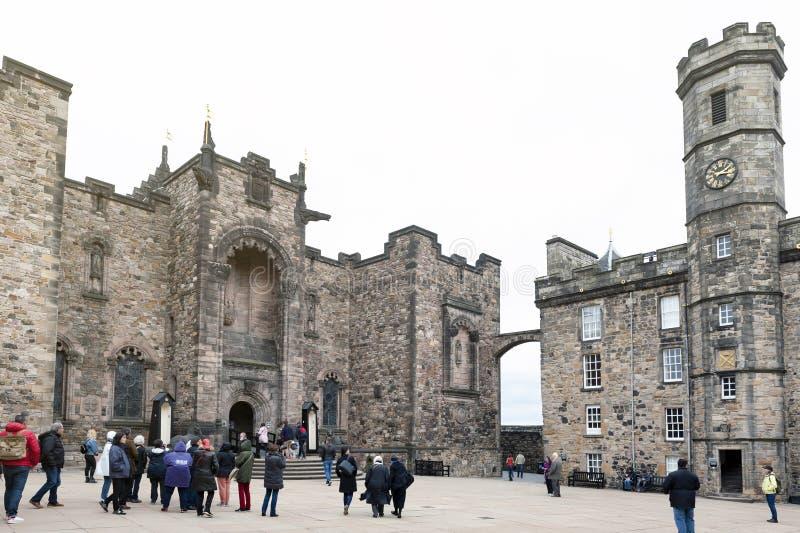 Korona kwadrat zawierający Szkocki Krajowy Wojenny pomnik, Royal Palace, inside Edynburg kasztel, Szkocja, UK obrazy royalty free