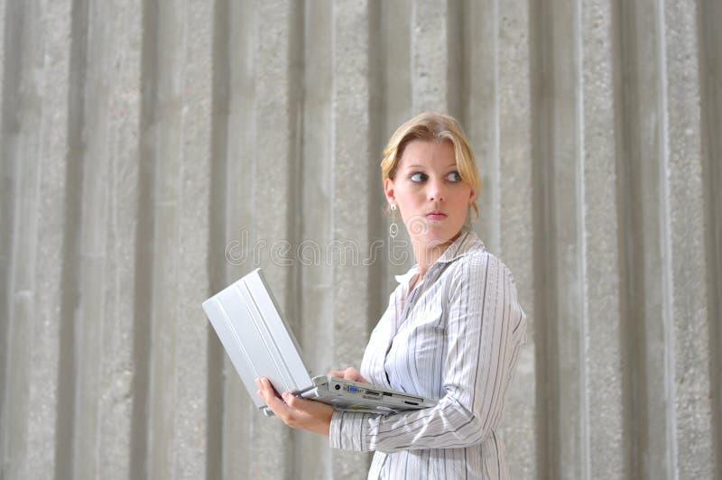 Korporatives kaukasisches weibliches Leitprogramm stockbild