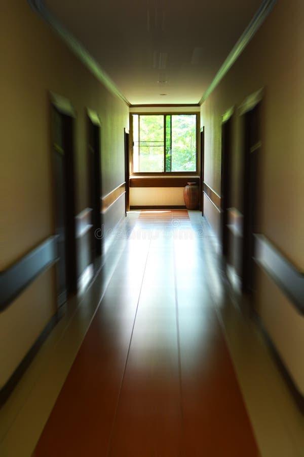 Korridor des Hotels lizenzfreies stockfoto