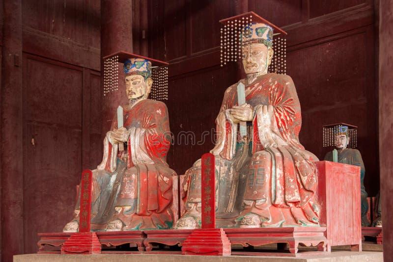 Korridor för Fushun län som, Fushun är hängiven till den stora statyn för Konfucius tempel fotografering för bildbyråer