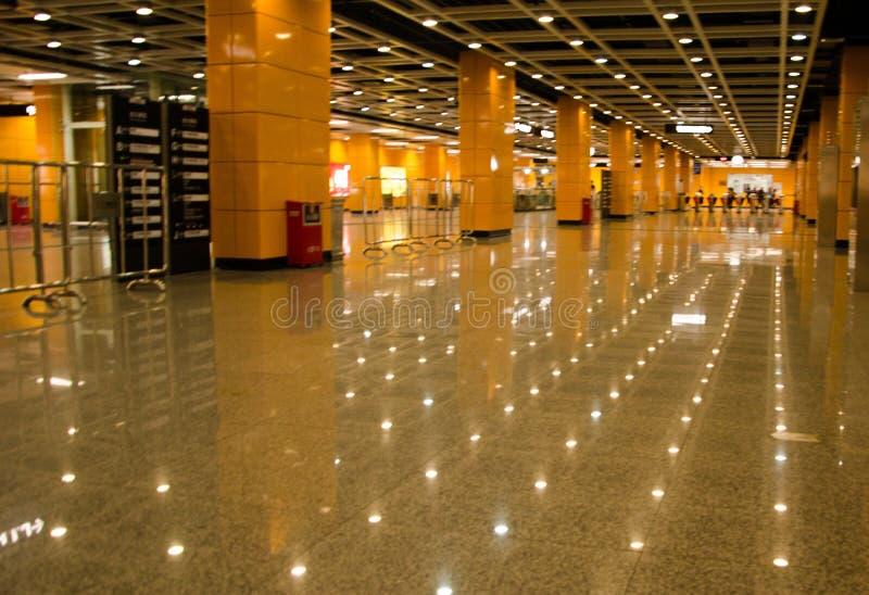 Korridor för Guangzhou södra stationsstation royaltyfria foton