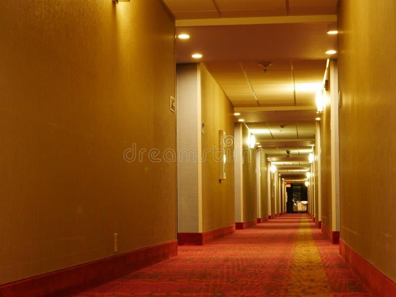 Korridor till okända royaltyfria bilder
