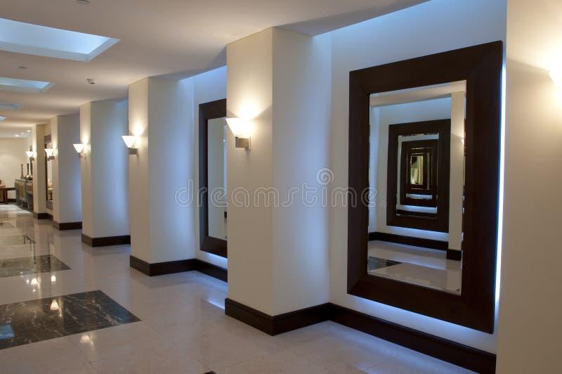 korridorhall royaltyfri fotografi