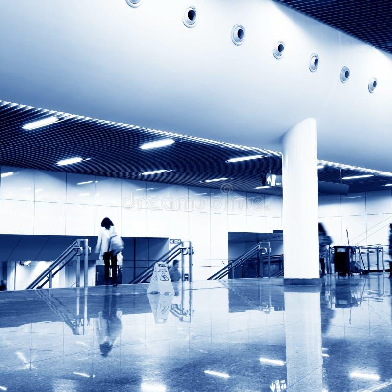 korridorstationsgångtunnel arkivfoto