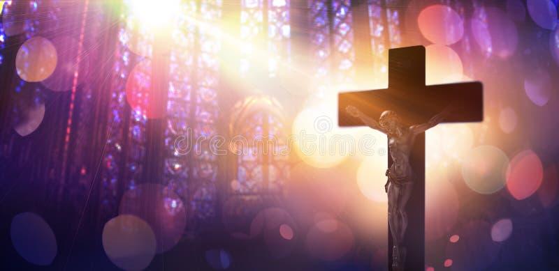 Korsfäst Kristus - symbol av tro royaltyfri bild
