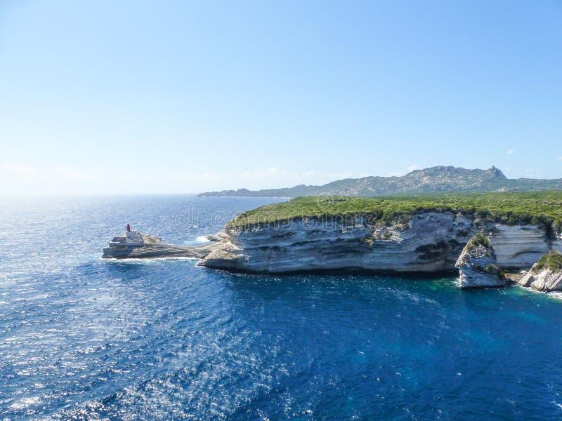 Korsika-Landschaftsküstenlinien-Seeklippen lizenzfreies stockbild