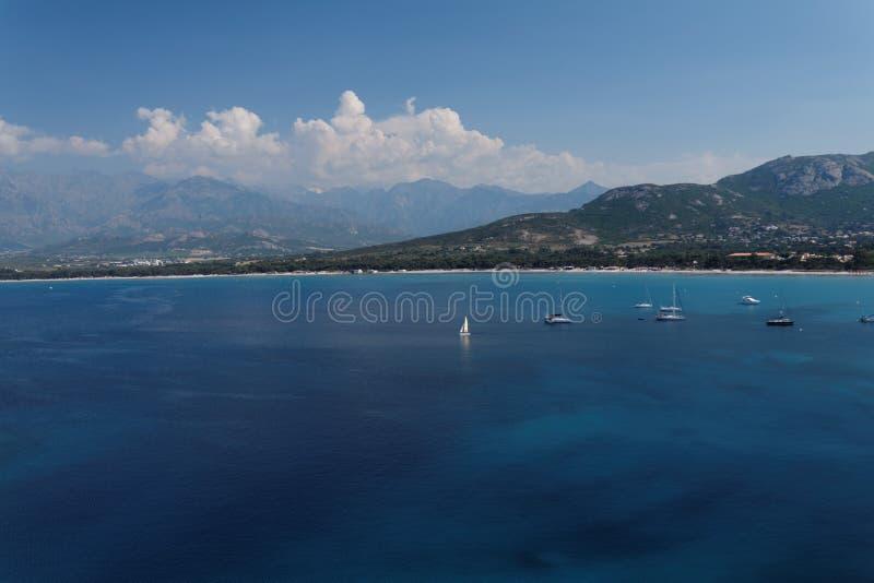 Korsische Bucht von Calvi lizenzfreie stockbilder