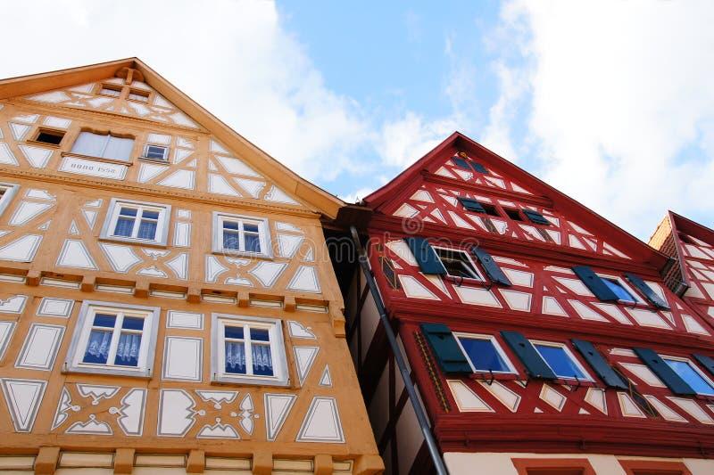 Korsvirkes- hus i hirschhorn royaltyfri bild