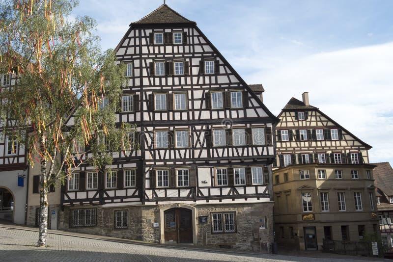 Korsvirkes- hus Schwaebisch Hall, Tyskland royaltyfria foton