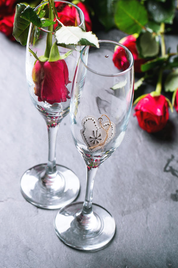 Kort för St-valentinhälsning royaltyfria foton