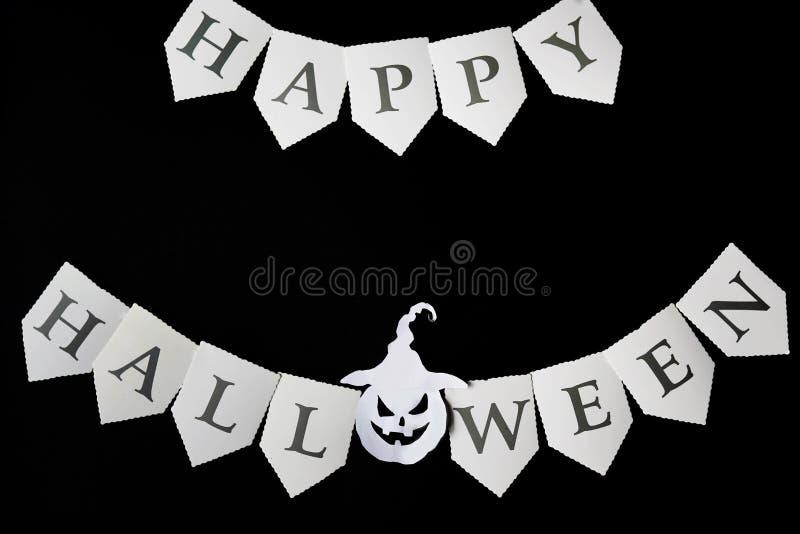 kort lyckliga halloween Svart bakgrund med halloween pumpa Lekmanna- l?genhet, kopieringsutrymme royaltyfri fotografi