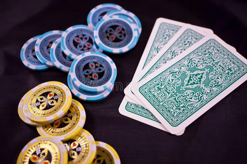 kortchippoker royaltyfri bild