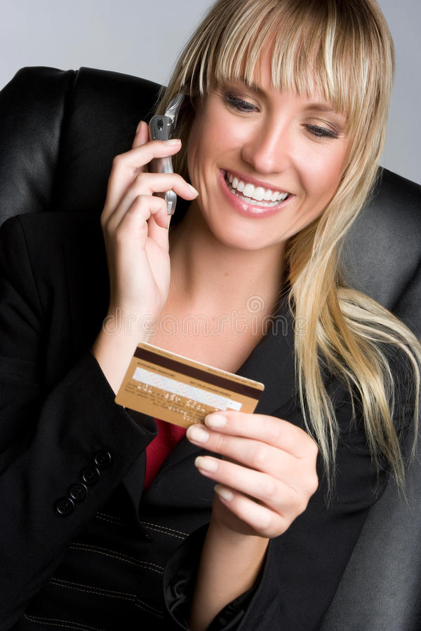 kortkrediteringskvinna arkivbild