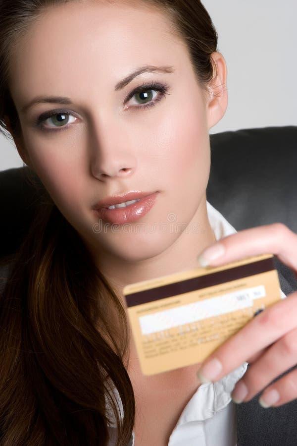 kortkrediteringskvinna arkivfoton
