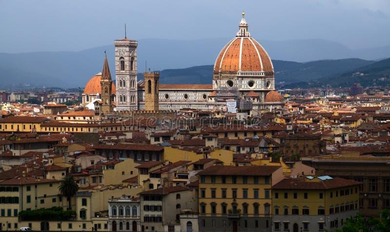 Kortsikt Florence italy Beskåda plattformar av den gamla staden royaltyfria bilder