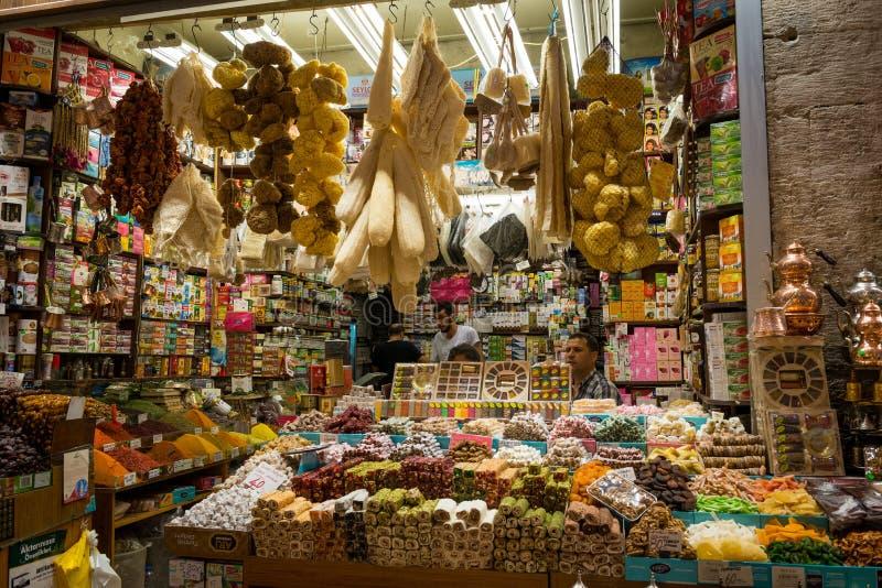 korzenny sklepowy bazar zdjęcie royalty free
