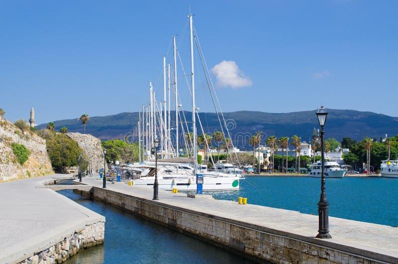 Kos镇口岸在海岛,希腊上的 图库摄影