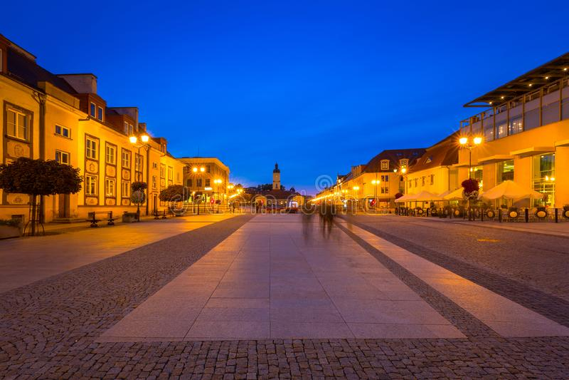 Kosciusko huvudsaklig fyrkant med stadshuset i Bialystok royaltyfria foton