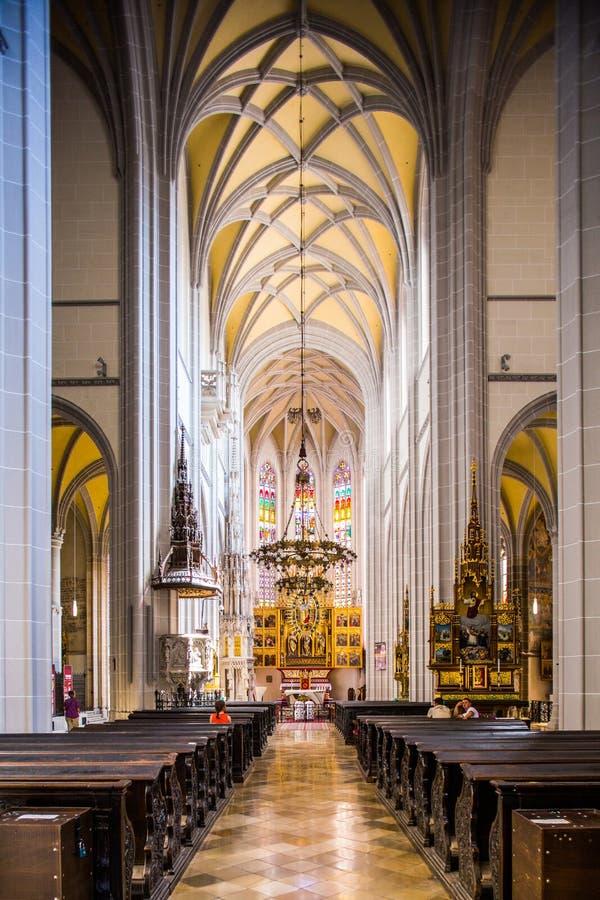 Kosice στη Σλοβακία Εσωτερικό του καθεδρικού ναού του ST Elisabeth στοκ φωτογραφίες