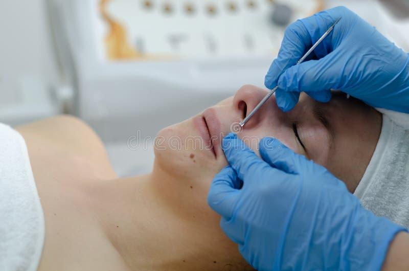 Kosmetische gezichtsbehandeling royalty-vrije stock foto's