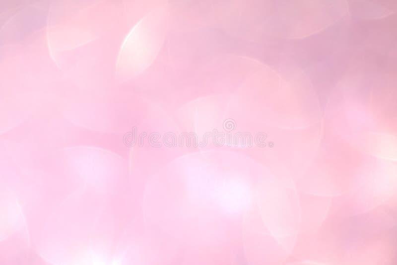 Kosmetisches Funkelnluxuslicht des rosa weichen Hintergrundes glatt, Steigungsschatten-Farbluxus des Schönheitshintergrundrosas p lizenzfreie stockfotografie