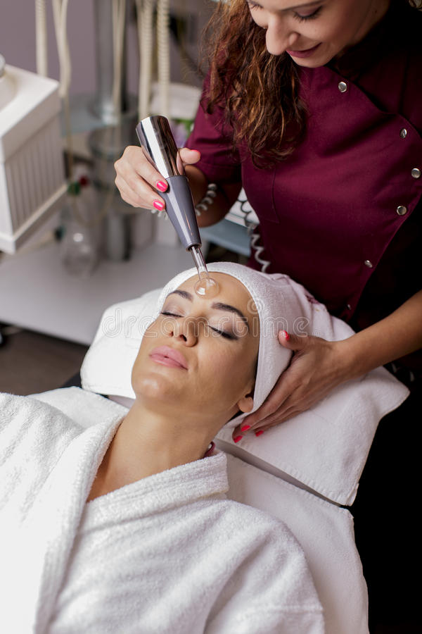 Kosmetisk behandling arkivbild