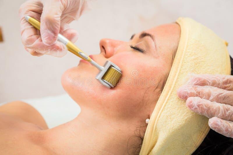 Kosmetologia zdrój twarzowy fotografia royalty free