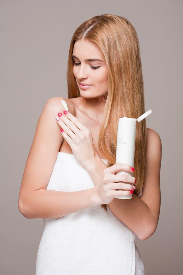 Kosmetyczna opieka dla twój skóry zdjęcia royalty free