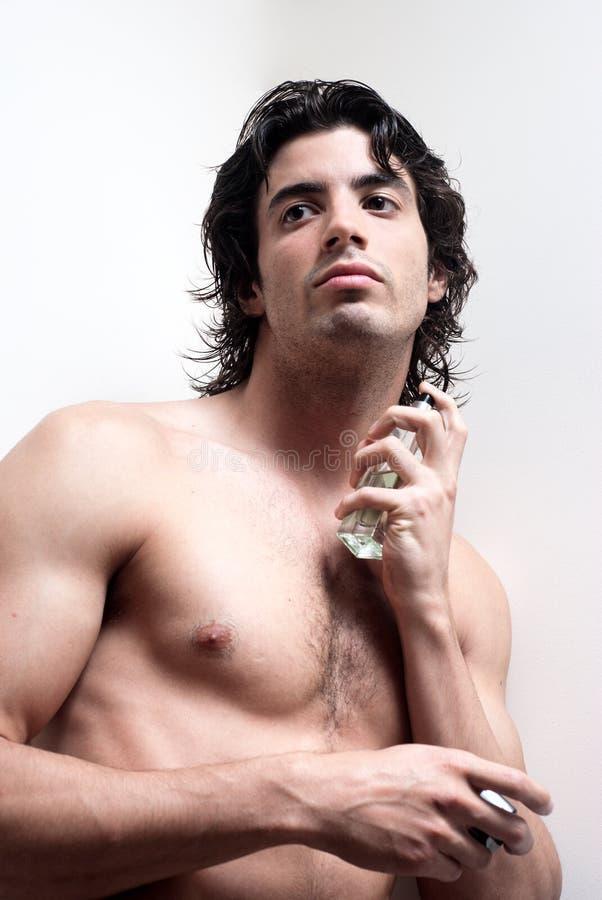 kosmetyczny woni mężczyzna zdroju opryskiwania wellness zdjęcie stock