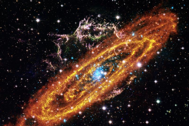 Kosmisk galaxbakgrund med nebulosor, stardust och ljusa stjärnor arkivbilder