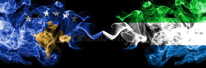 Kosovo contre les drapeaux mystiques fumeux de Sierra Leone placés côte à côte Épais coloré soyeux fume la combinaison de Kosovo  illustration de vecteur