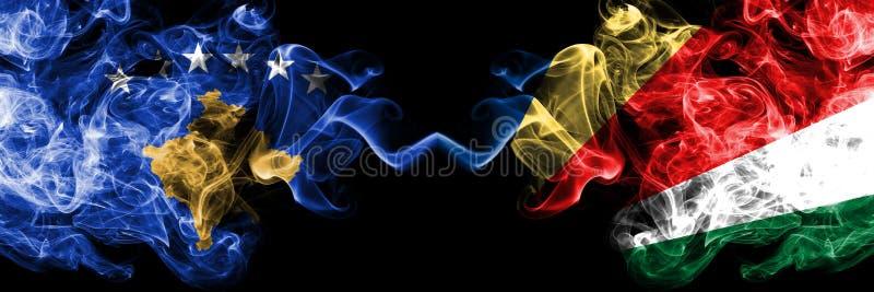 Kosovo contre les Seychelles, drapeaux mystiques fumeux de Seychelloise placés côte à côte Épais coloré soyeux fume la combinaiso illustration libre de droits