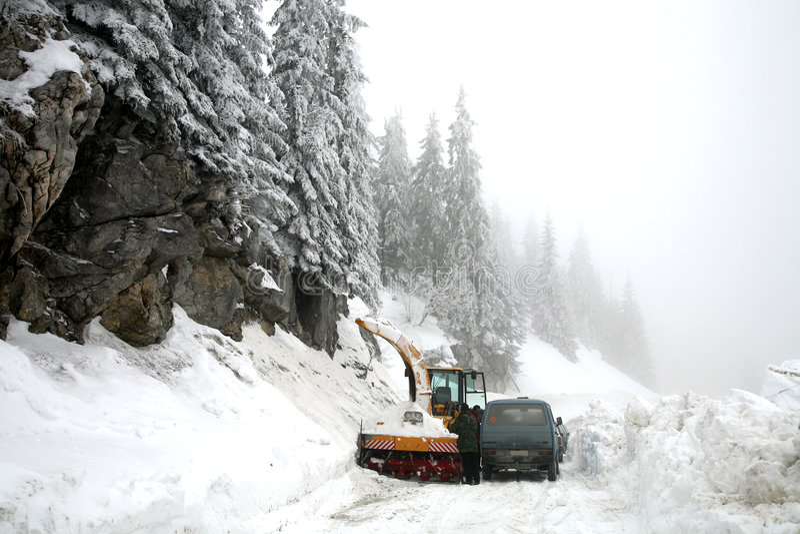 kosovo vinter arkivbild